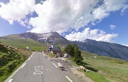 Enkele meters onder de top van de Col du Soulor.