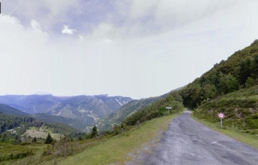 Zicht vanaf de top van Col de Spandelles.