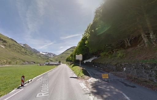 Mei 2015: La Voie Laurent Fignon is nog afgesloten. Fietsers moeten via Super Barèges.